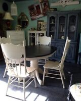 SOLID OAK SHABBY CHIC DINING SET $890