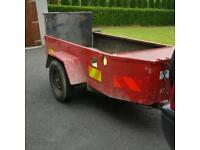Heavy duty trailer with ramp