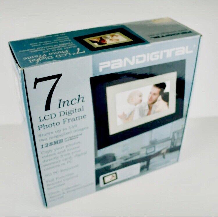 Pandigital Photo Frame Black Digital 7 inch Internal Memory With Remote