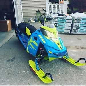Skidoo Free Ride 137 loaded