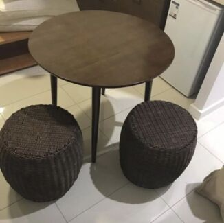 Brand new table Round Dinning Timber table EAMES