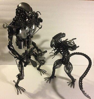 Alien vs Predator - Collectible Metal Art Sculptures    [Unique One of a Kind]