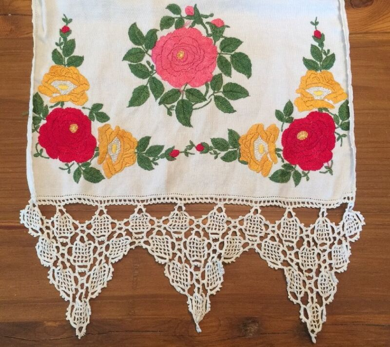 Society Silk Arts & Crafts Table Runner Flax Linen Crochet Hemstitch Open Work