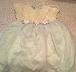 Size 18 months girl`s party dress
