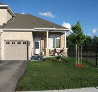BEAUTIFUL BUNGALOW TOWNHOME IN ARNPRIOR