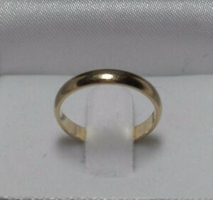 10kt yellow gold wide 2mm Ladies Wedding Band - Size 5