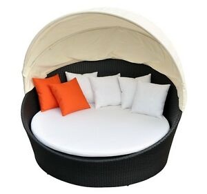 Patio Daybed with Shade w 2 Orange pillows- New in Package