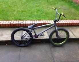 Verde Prism BMX bike