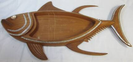 ROSEWOOD FISH SERVING TRAY