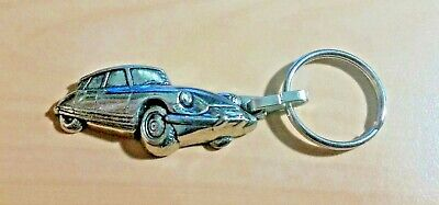Citroen DS Llavero Relieve - Medidas Del Vehículo 45x22mm
