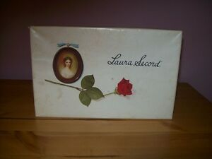 laura secord box/toni box