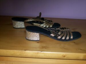womens shoes and hat