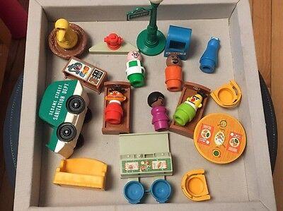 Vintage Fisher Price Sesame Street Little People Figures & Accessories