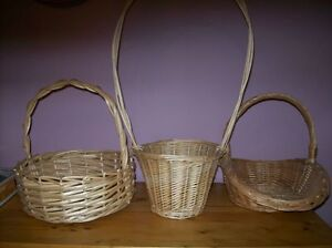 wicker baskets/letter box and cards
