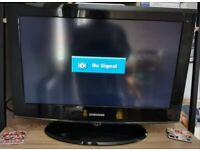 SAMSUNG 26 INCH LCD TV HD READY,WIDESCREEN DIGITAL FREE VIEW WITH REMOTE CONTROL *BARGAIN*