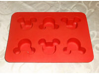 Authentic Silicone Official DisneyLand Parks Mickey Mouse Cupcake cake decorating baking mould tray!