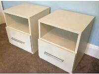 Pair Of White Excellent Quality Bedside Cabinets H20.5in/52cmW17.4in/44cmD18in/46cm