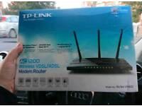 Router TP LINK VR 400