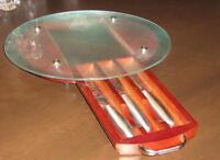 ensemble de planche à fromage et couteaux intégrés