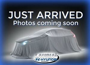 2011 Hyundai Sonata Limited - Low kms - Navigation / Leather