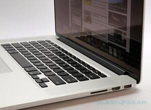 "Apple Macbook Pro 15"" Retina - Core i7 Quad Core 2.3 GHz - 8 GB RAM - 256 GB SSD - 2880 x 1800 HD 4000 1024 MB Graphics"
