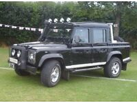 LIMITED EDITION LANDROVER DEFENDER 110 TD5 XS DOUBLE CAB PICK-UP