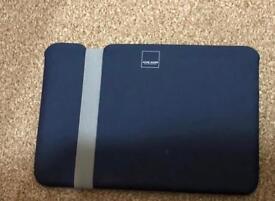 "MacBook Air 11"" pouch/cover & hard case"