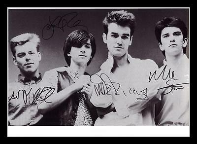 THE SMITHS AUTOGRAPHED SIGNED & FRAMED PP POSTER PHOTO
