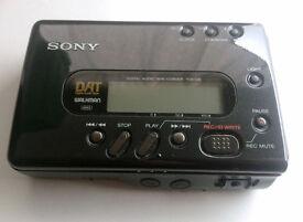 Sony TCD-D8 DAT Walkman Digital Audio Tape Player/Recorder