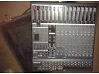 Yamaha EMX5000-12 Powered Mixer.1000 watts rms.With Flight Case