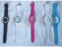 Collection 4 x Ladies' quartz analogue watches/jelly straps. £5 the lot. Also available separately