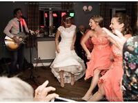 2017 Wedding Reception Singer/Guitarist Available - Lichfield Staffordshire Midlands