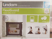 Child Safety Gate; Lindam Flexiguard