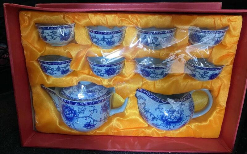 Chinese Blue And White Mini Tea Set (10 Pieces)