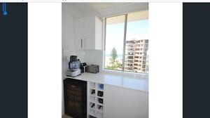 Unit on boarder of Broadbeach and Surfers Paradise for lease Surfers Paradise Gold Coast City Preview