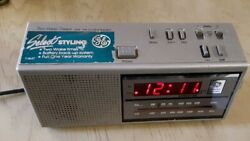 General Electric 7-4637A AM/FM Alarm Clock Radio Select Styling