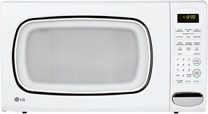 LG-LCS1410SW-1-4-cu-ft-Countertop-Microwave