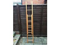 Wooden ladders (210cm)