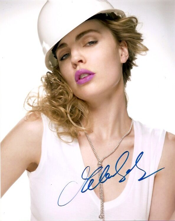 Melissa George Autographed Signed 8x10 Photo COA 2