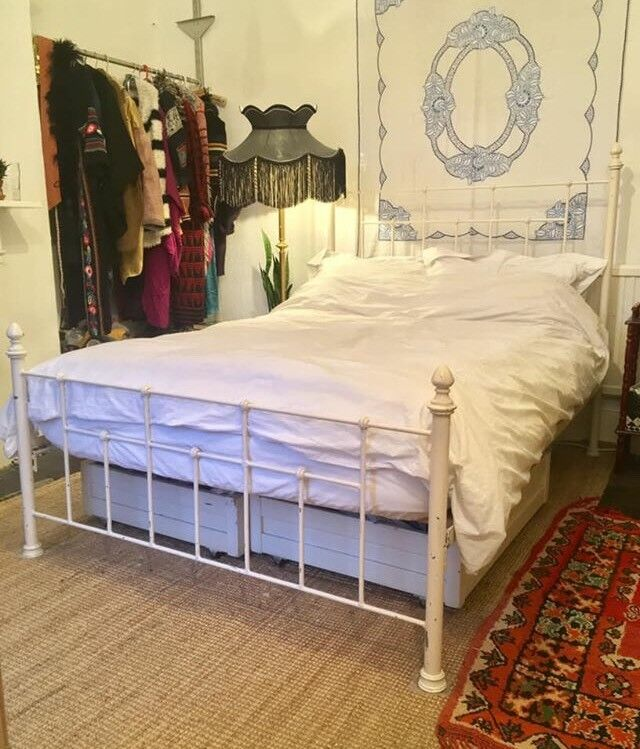 Vintage Elegant Metal Double Bed Frame Victorian Shabby Country