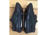YEEZY BOOST 350 Adidas Pirate Black Unisex Trainers