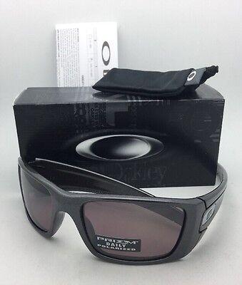Polarized OAKLEY Sunglasses FUEL CELL OO9096-H7 60-19 Granite w/ PRIZM Daily
