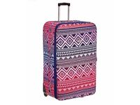 X LARGE Brand New Expandable Soft Lightweight Wheeled Suitcase (2 available)