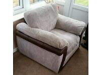 SINGLE SEATER CHAIR - AS NEW