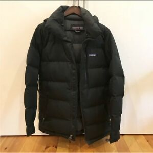 Patagonia down winter coat jacket parka (Small)