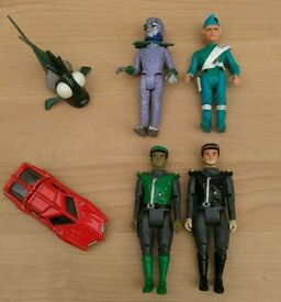 Vintage thunderbirds and captain scarlet toys