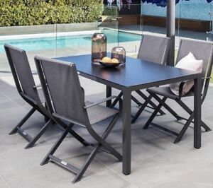 Excalibur Outdoor Living Amber 5 Piece Dining Setting Table Chairs