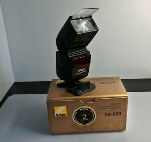 Nikon Speedlight SB-600 with remote commander feature