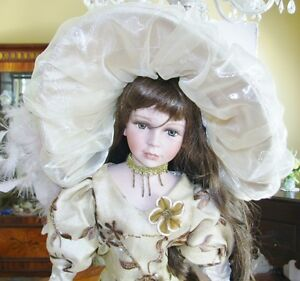 Porcelain Dolls-MUST BE SOLD-MAKE AN OFFER Kawartha Lakes Peterborough Area image 7