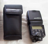 Canon Speedlite EXii - Like New (With Diffuser Cap)